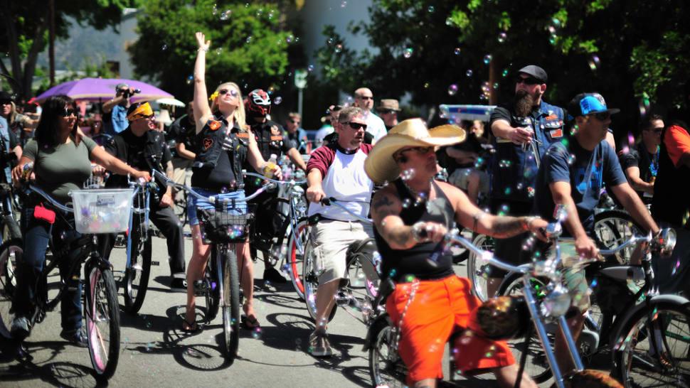 Pasadena Doo Dah Parade in Los Angeles - Best Season
