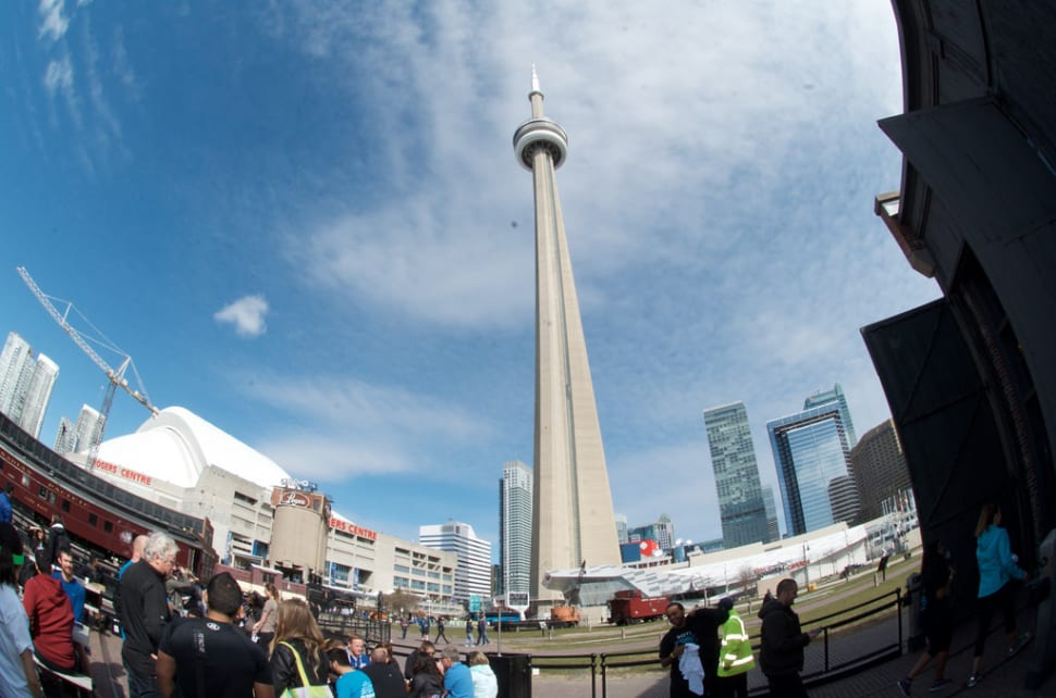 Things to do in Toronto : CN Tower Climb