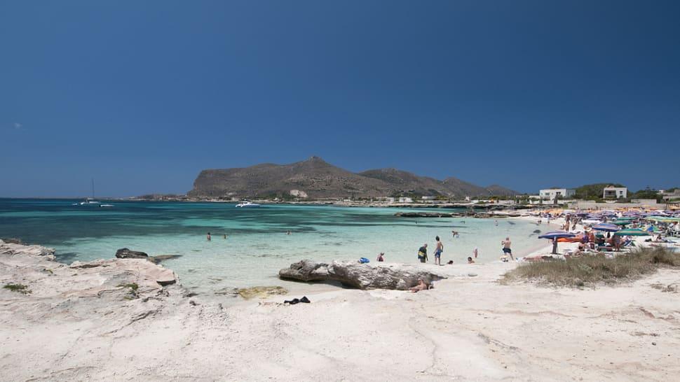 Beach Season in Sicily - Best Season