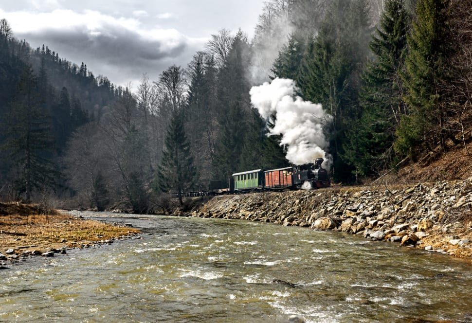 Best time for Mocăniţa Steam Train in Romania