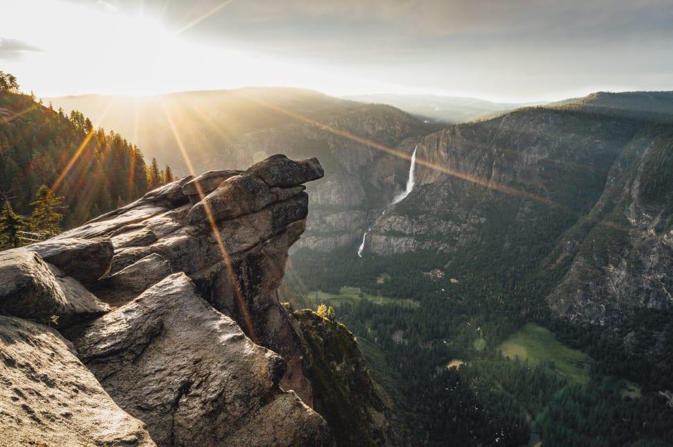 Glacier Point Overlook in Yosemite - Best Time