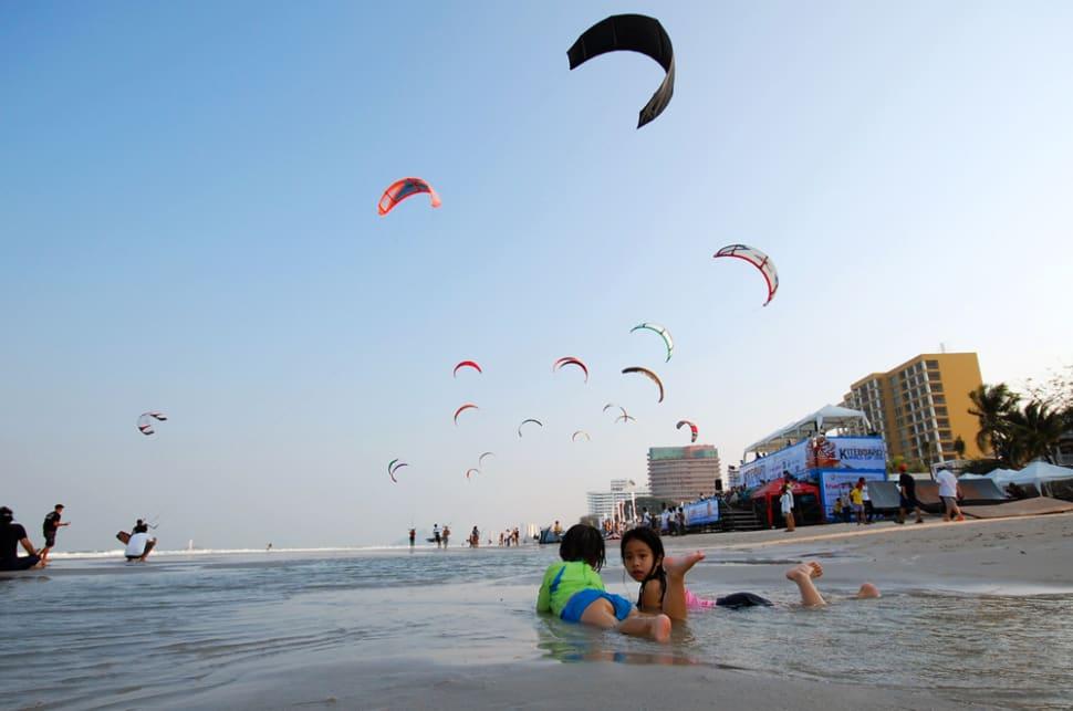 Kiteboarding in Thailand - Best Season