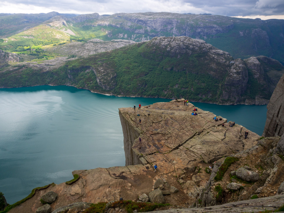 Hike to Preikestolen