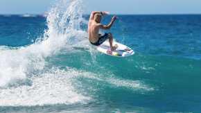 Surfen oder Wellenreiten