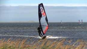 Kitesurfing & Windsurfing on Magdalen Islands
