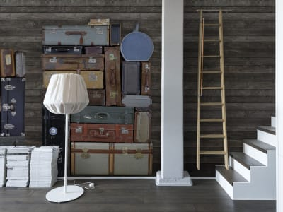 Mural de pared R14063 Stacked Suitcases, Pile imagen 1 por Rebel Walls