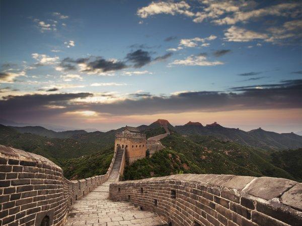 Wall Mural R12042 Great Wall of China image 1 by Rebel Walls