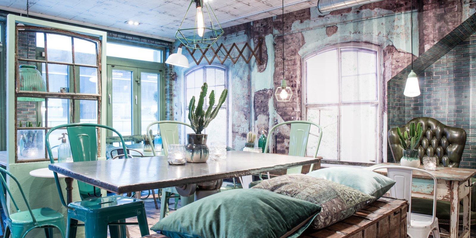 Café Viskan i Borås, Sverige. Designet og stylet af indretningsarkitekt Ann-Louise Håkansson fra  Hjärterum.