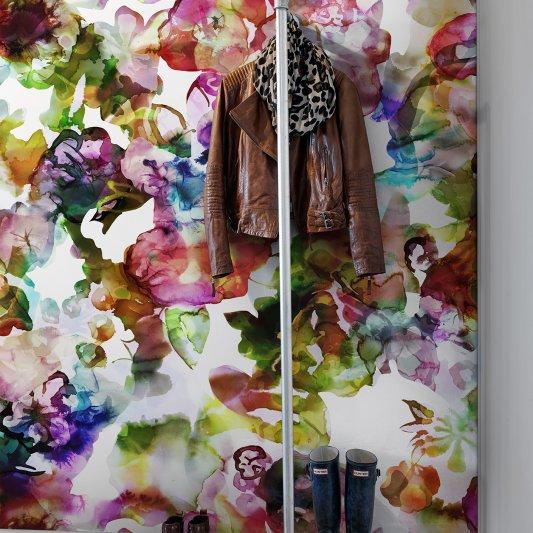 Tapete R13121 Lily Pond, Rainbow Bild 1 von Rebel Walls