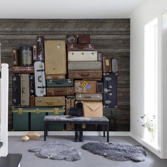 Tapete R14062 Stacked Suitcases, Heap Bild 1 von Rebel Walls