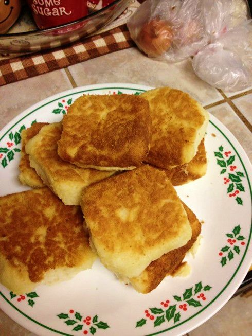 7-Up biscuits (copycat for Popeye's biscuits)