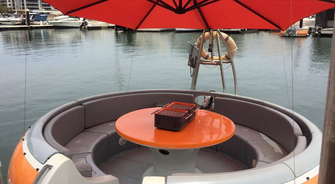 BBQ Boat 10-Seater Rental - 2 Hours