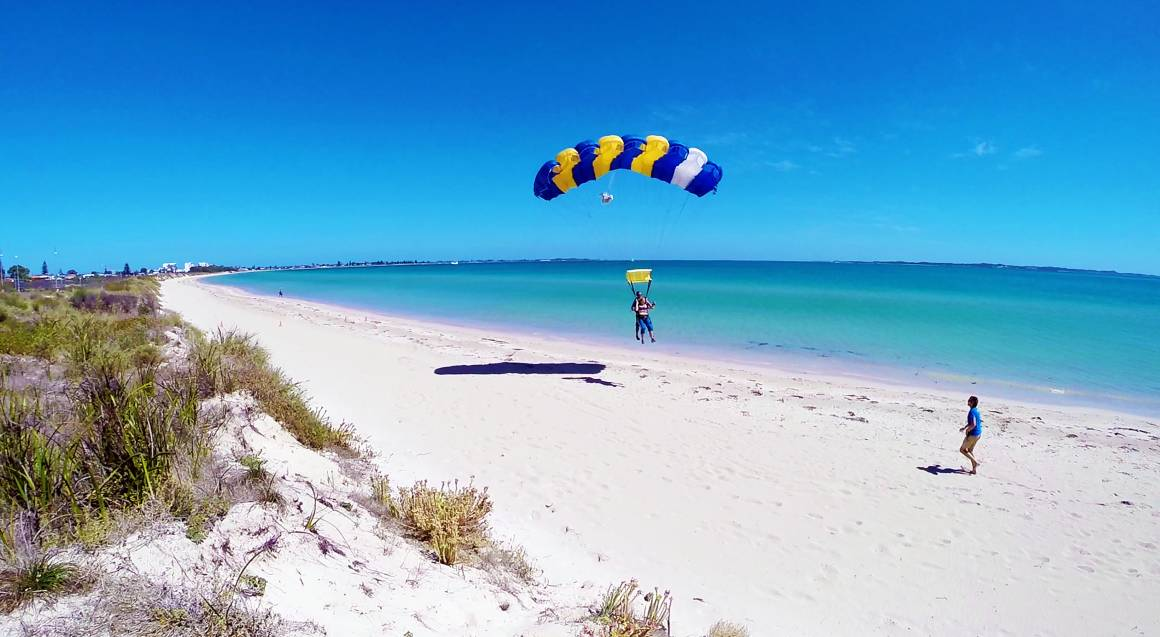 Skydive Over the Beach - 15,000ft - Weekday - Rockingham