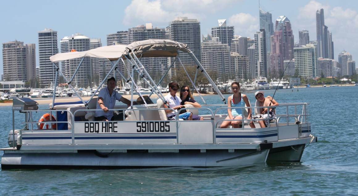 Half Day Boat Hire With Half Cabin - 4 Hours