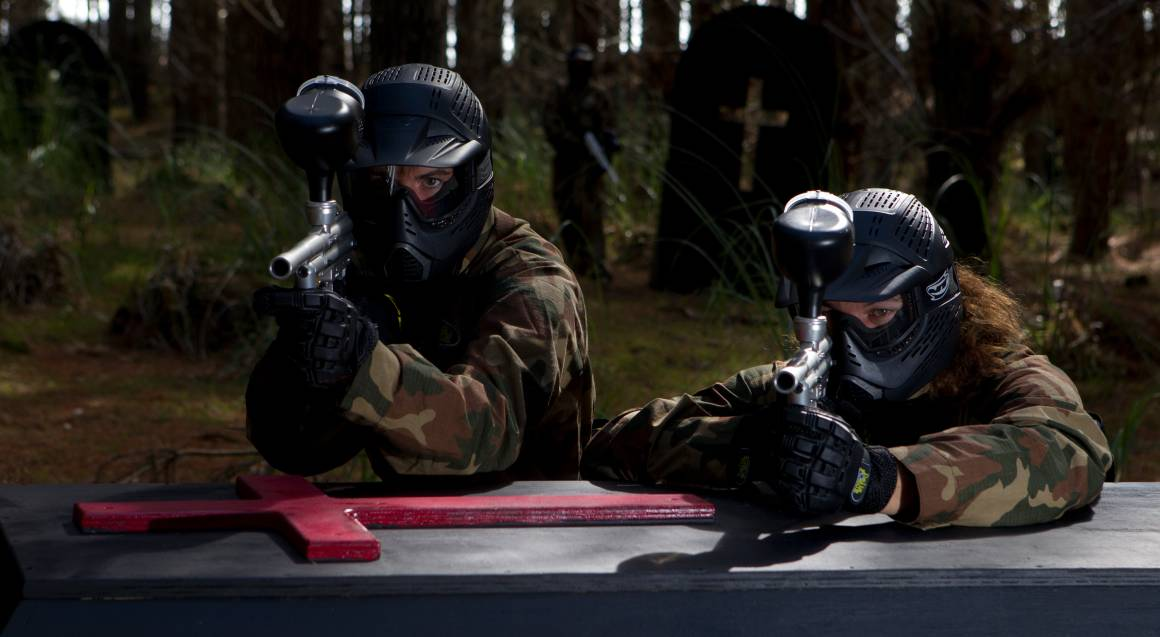 Group Paintball Experience - 100 Paintballs - Petrie