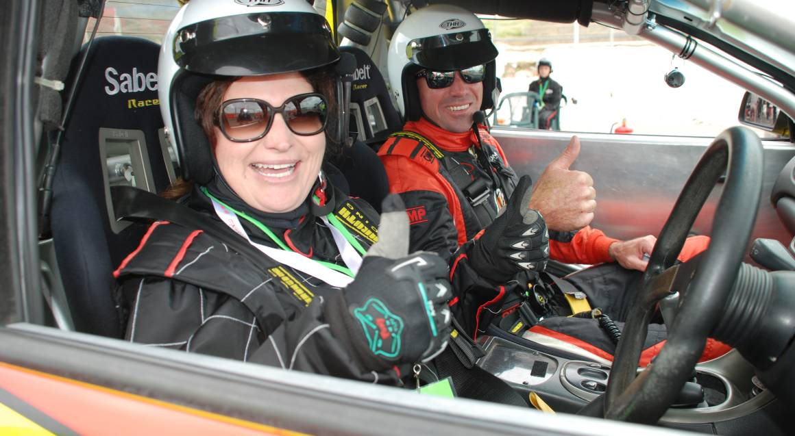 V8 Car Combo Drive and Ride with USB Video - 8 Laps - Perth