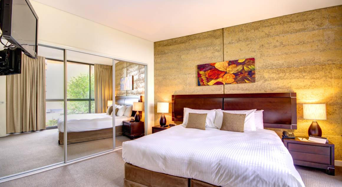 2 Day Yarra Valley Overnight Tour - Midweek - For 2
