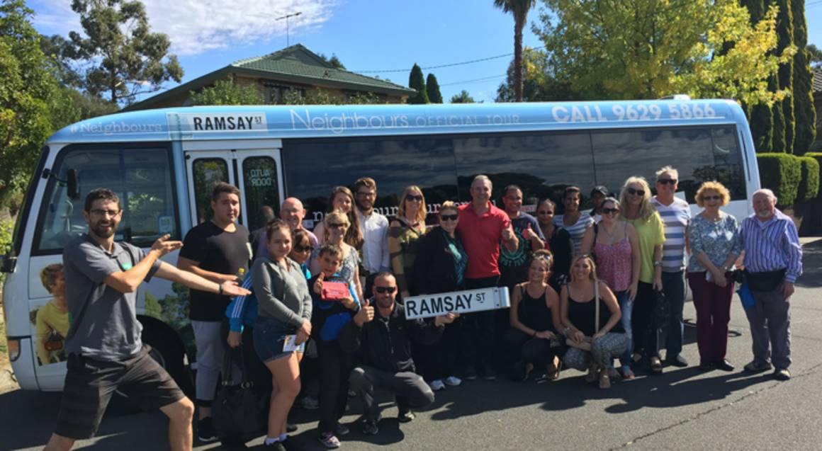 Official Neighbours Tour with Star Meeting - Adult