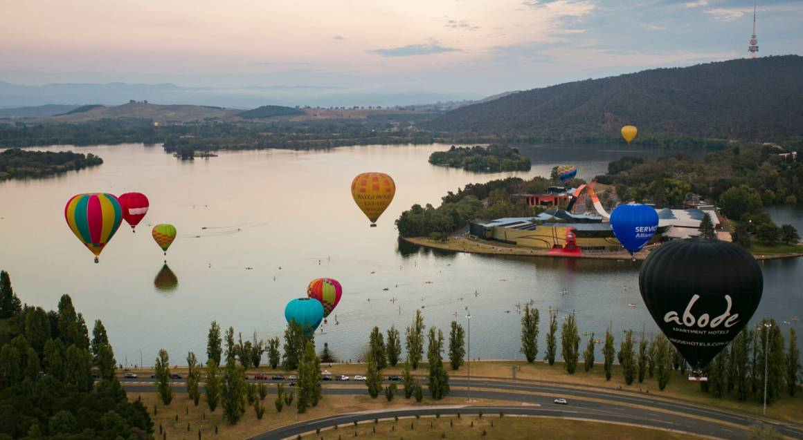 Hot Air Ballooning Over Canberra