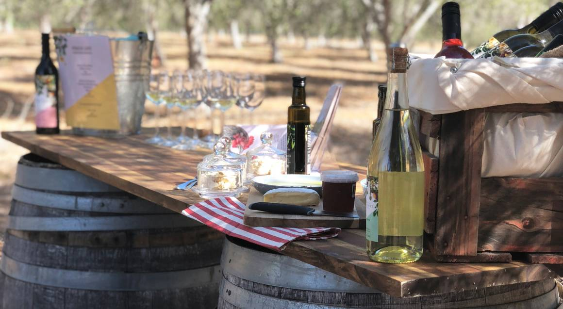 Private Hunter Valley Boutique Wine Tour with Lunch - For 8