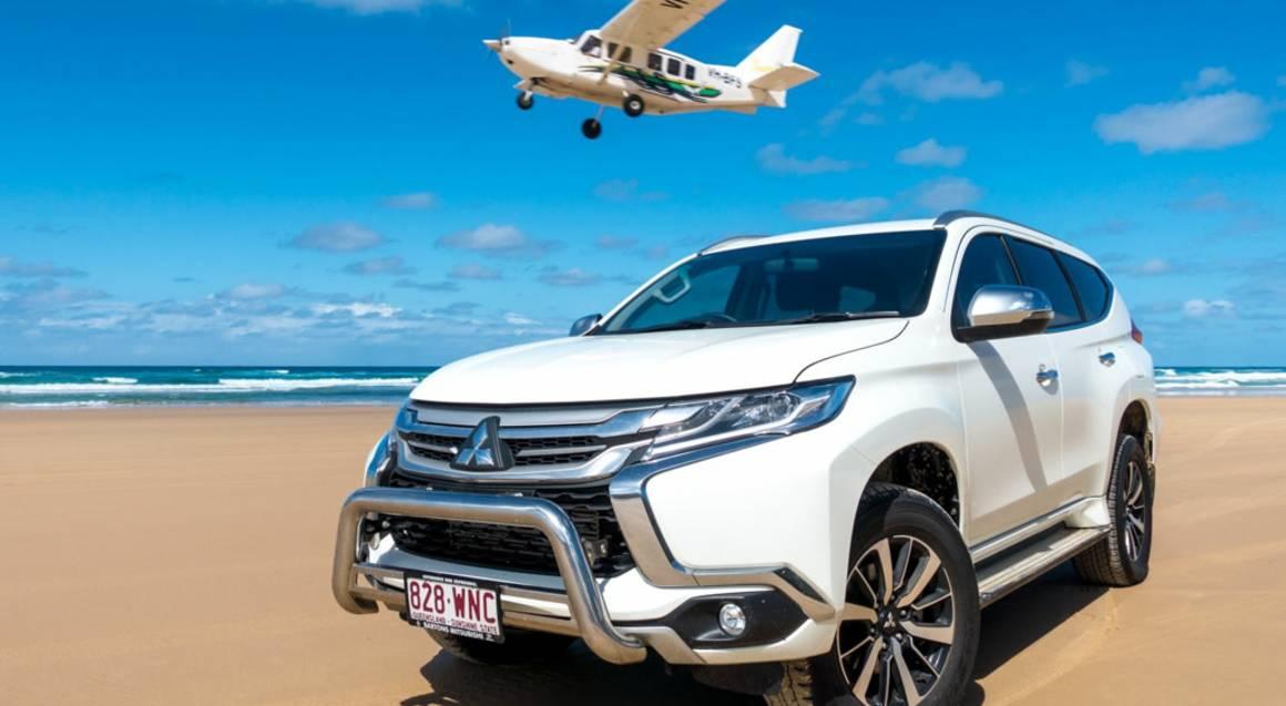 Fraser island queensland beach 4WD car and plane