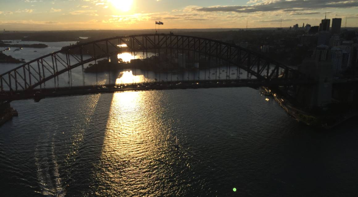60 Minute Scenic Flight Over Sydney - For up to 3