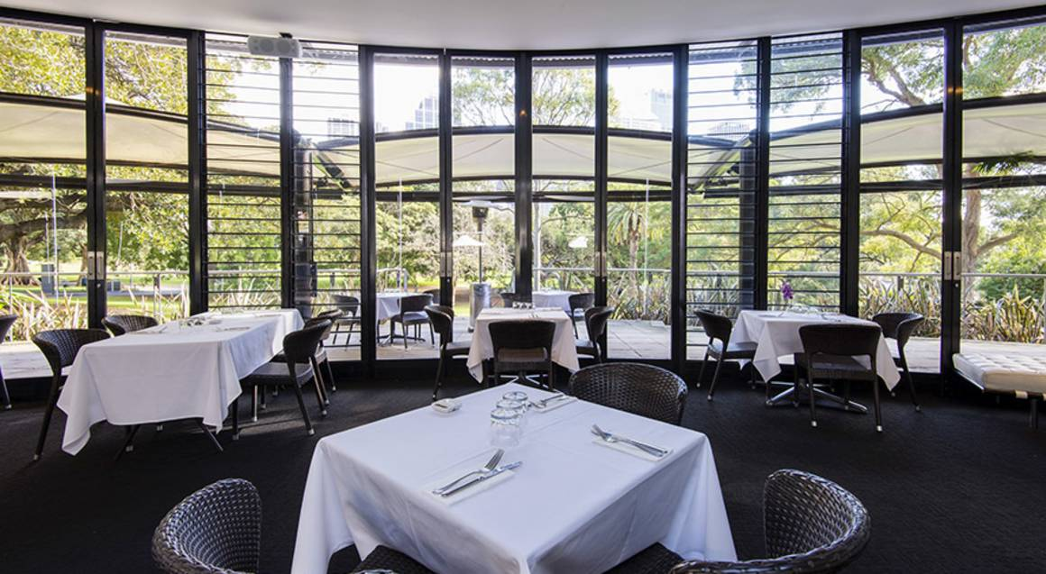 3 Course Lunch by the Domain with Wine - For 2