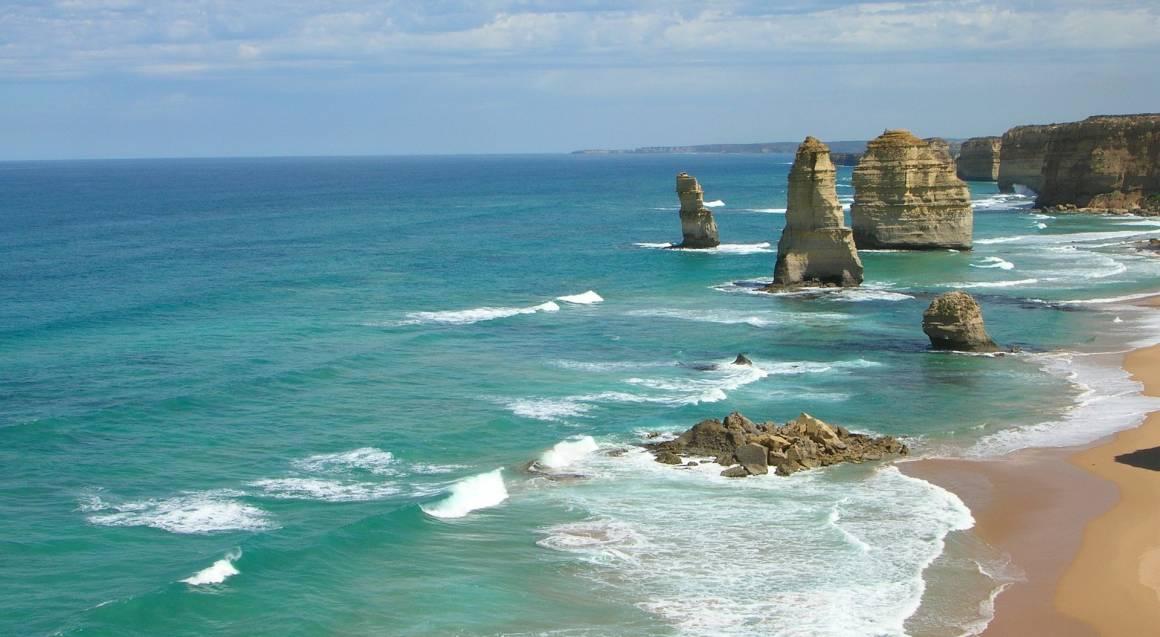 Luxury Great Ocean Road Tour - 2 Days