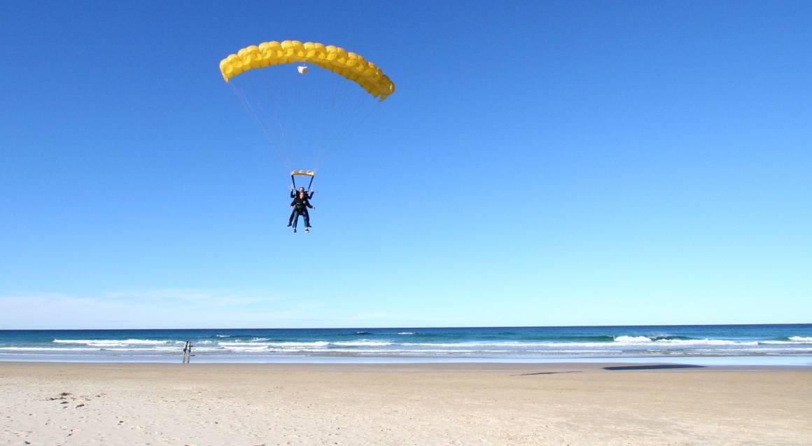 Tandem Skydive Over Sunshine Coast - Up To 10,000ft
