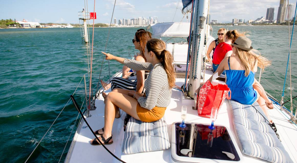 Sailing Cruise with Seafood Lunch Platter - For 2