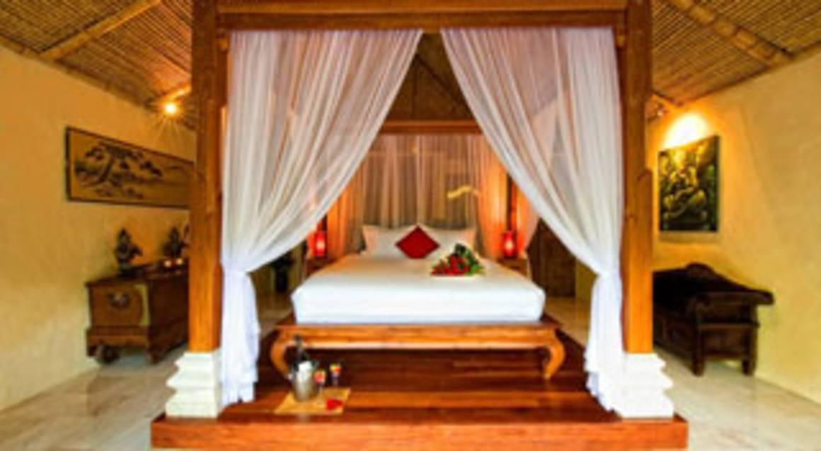 Balinese Getaway with Tasting Menu, Massages & Wine- Weekday