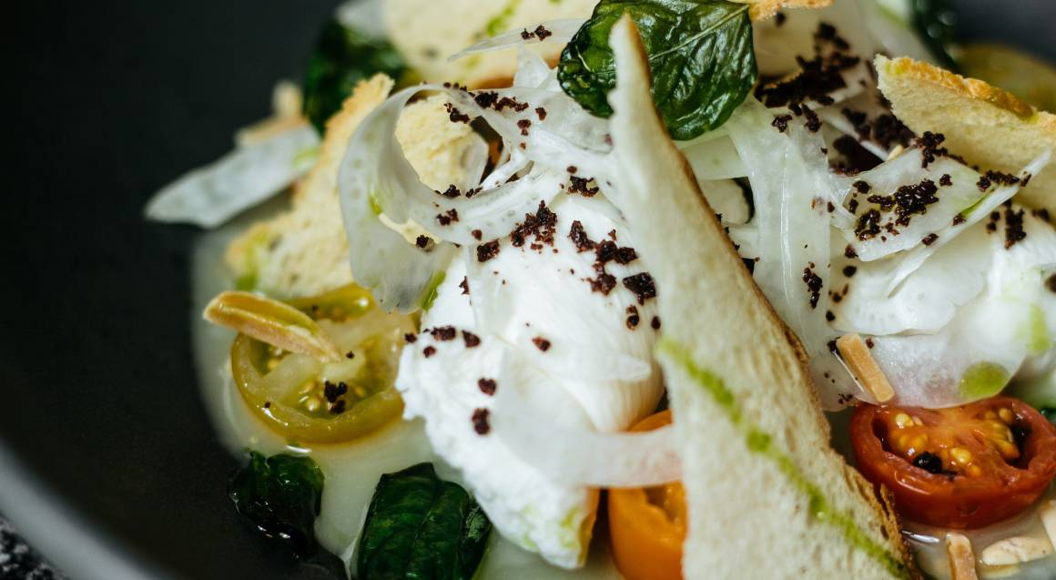 3 Course Meal with Bubbles at Hilton Glass Brasserie - For 2