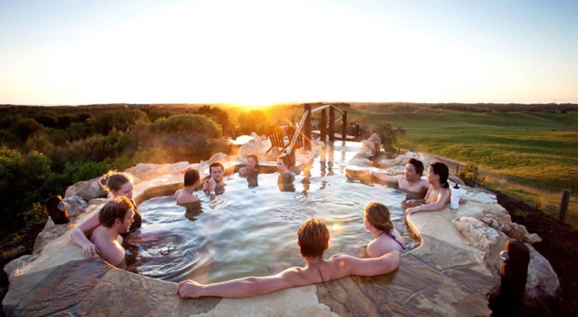 Weekend Getaway with Hot Springs, Dinner and Hamper - For 2