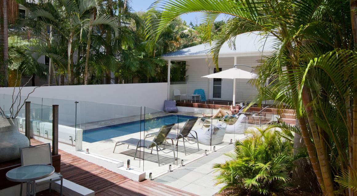Byron Cove Beach House outdoor pool area