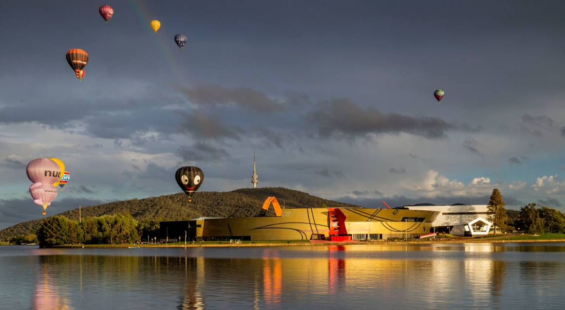 Hot Air Ballooning Over Canberra - Weekend