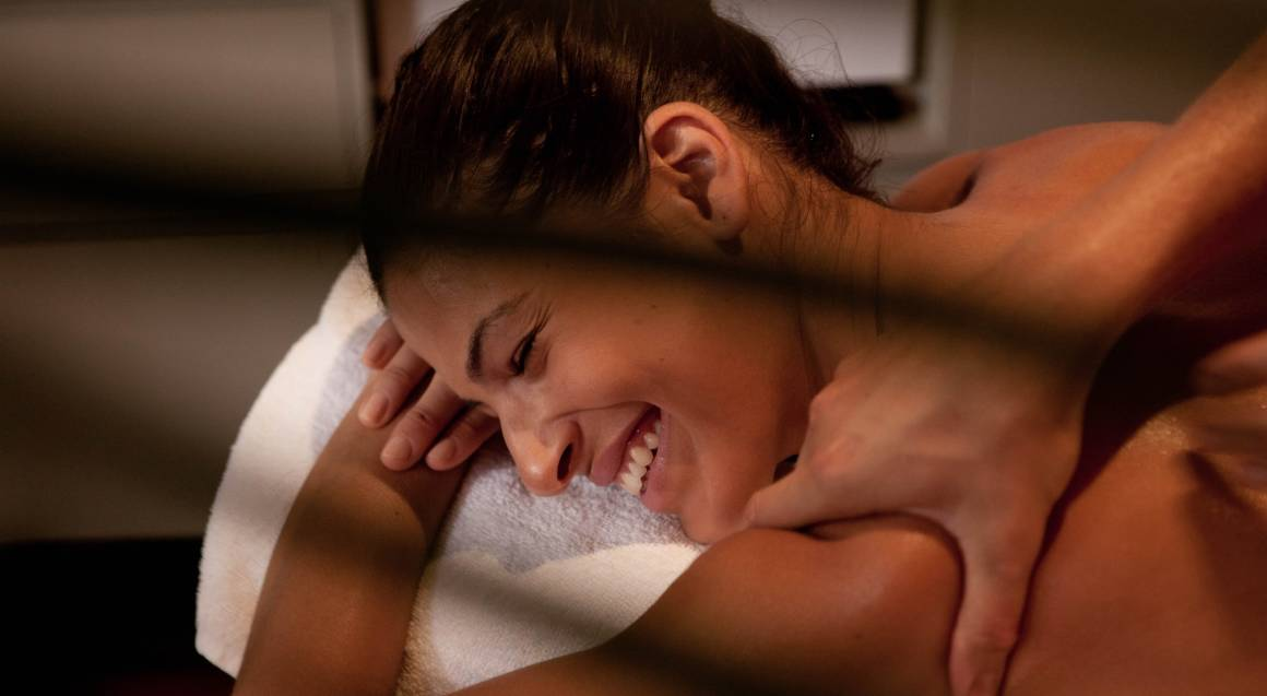 Romantic Couples Massage with Sparkling Wine