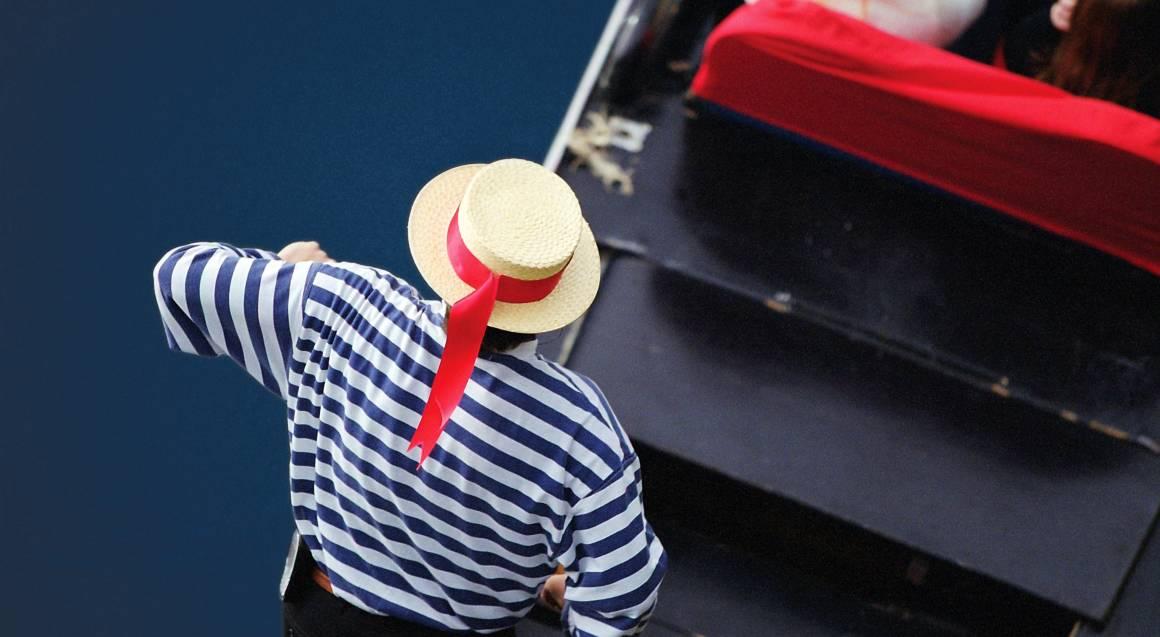 Romantic Gondola Cruise - For up to 6