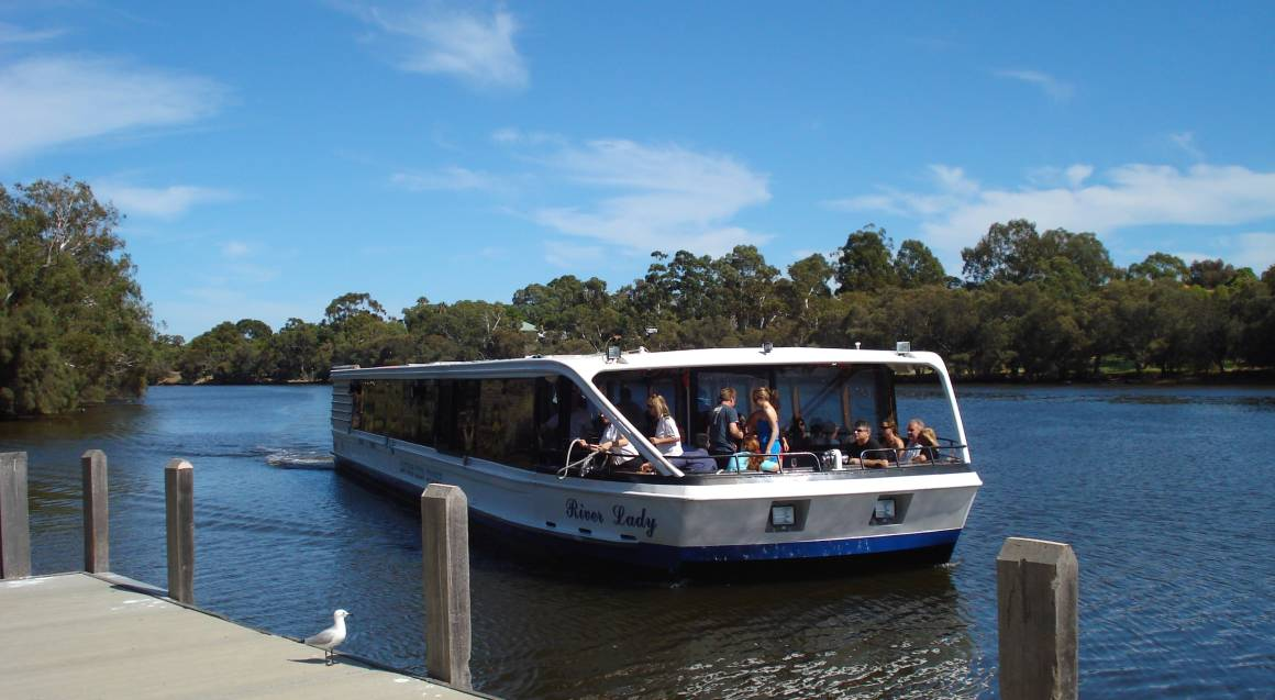 Swan River and Valley Tour - Adult