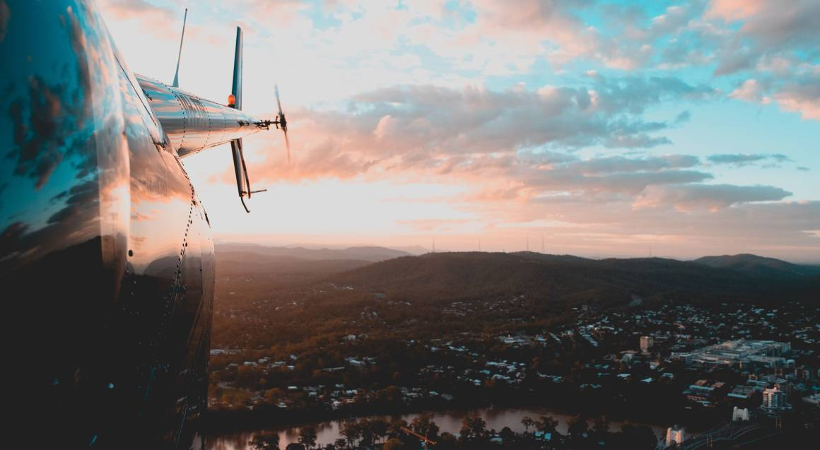 Scenic Flight towards Mt Coot Tha - For up to 3