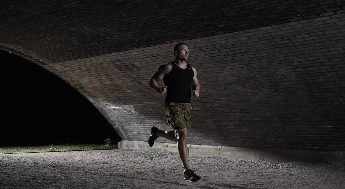 Commando steve personal trainer biggest loser running outside