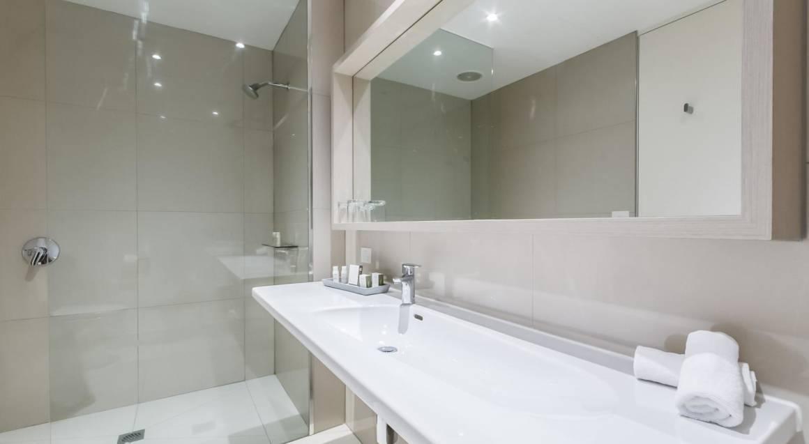 interior of bathroom at flinders hotel