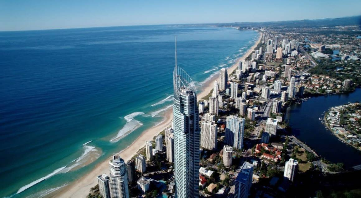 Helicopter Tour From Brisbane to Elements of Byron - For 2