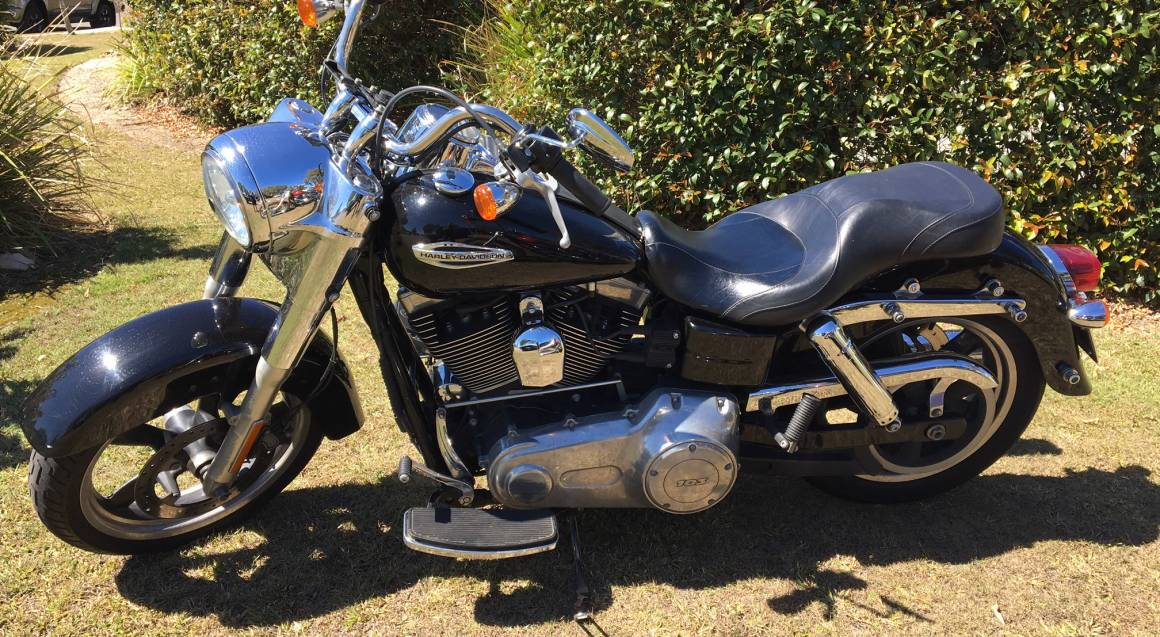 Sunshine Coast Motorcycle Cruise Hire black Harley Davidson