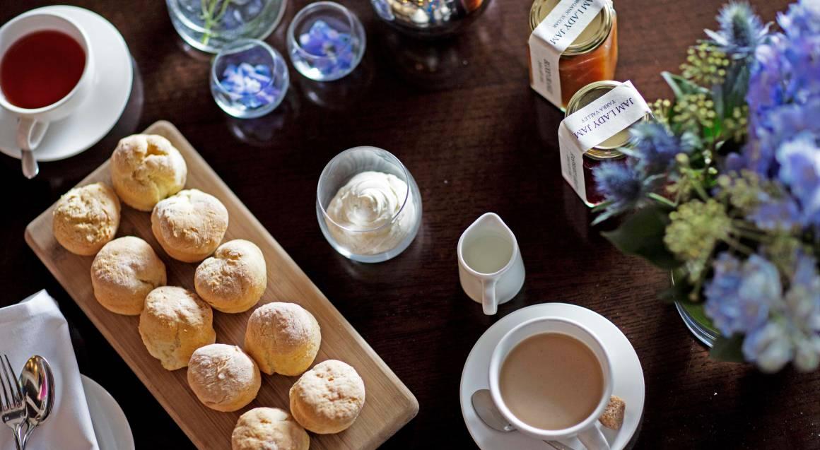 Decadent High Tea with Sparkling Wine