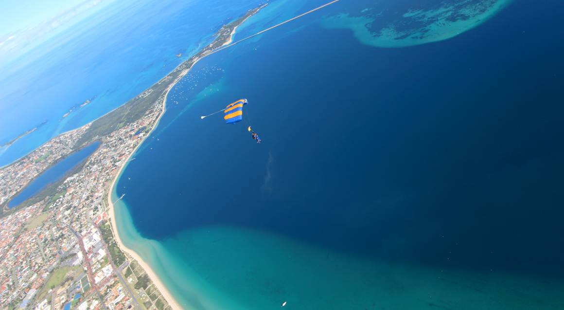 Skydive Over the Beach - 15,000ft - Weekend - Rockingham