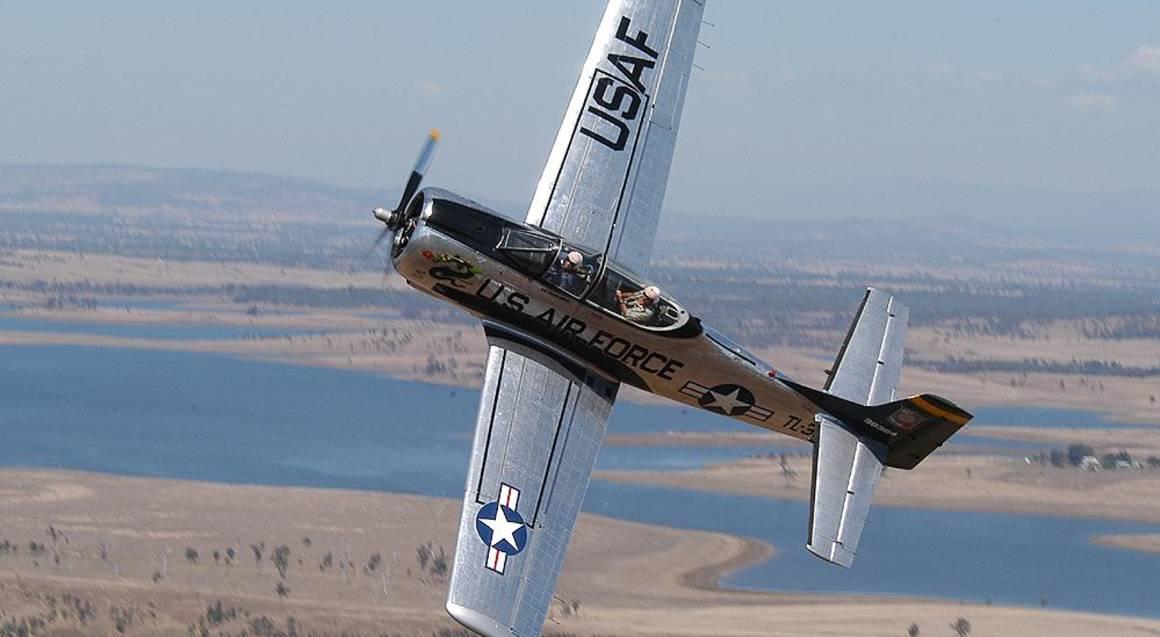 Fighter Bomber T28 Trojan Adventure Flight