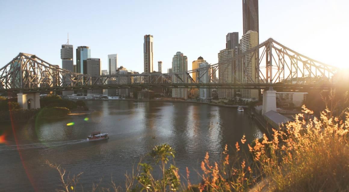 Brisbane Sunset Guided Bike Tour - Summer