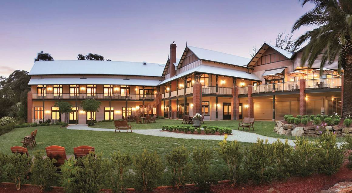 1 Night Country Getaway with Dinner and Breakfast - For 2