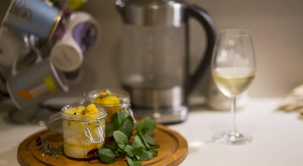 Chefin passionfruit dessert in jam jar