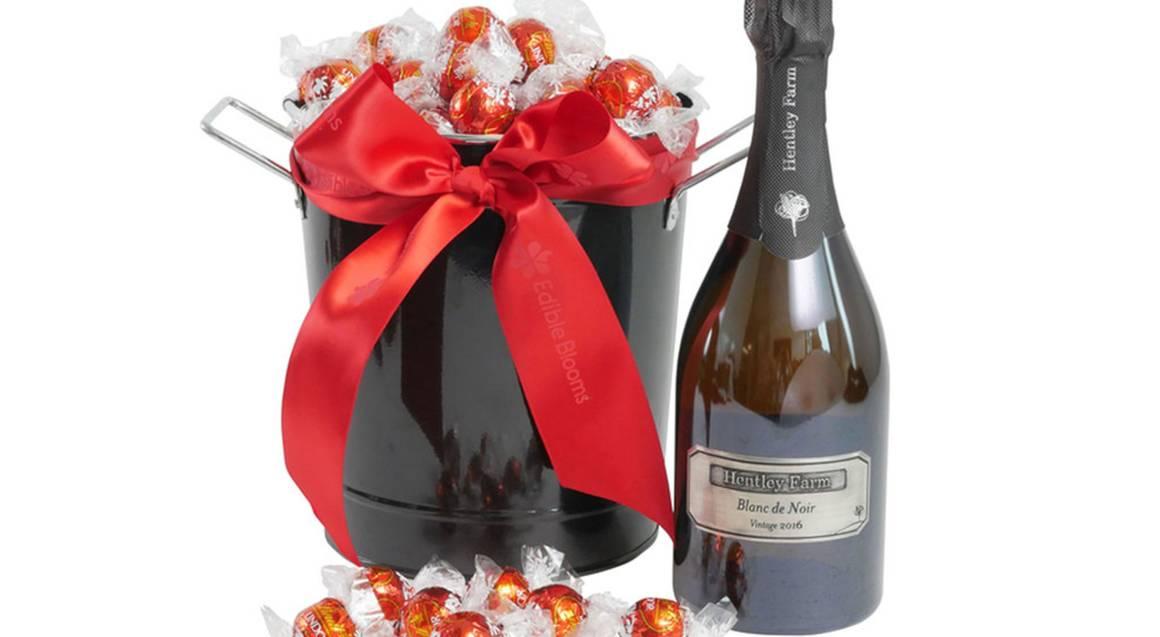 Chocolates and Hentley Farm Sparkling Wine Indulgence Hamper